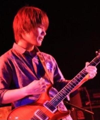 Tomoya Kawanoのサムネイル